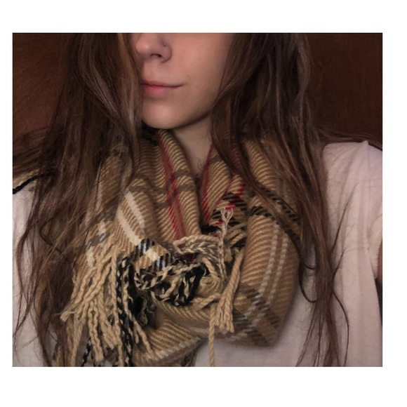 Cejon Accessories - Plaid flannel pattern scarf